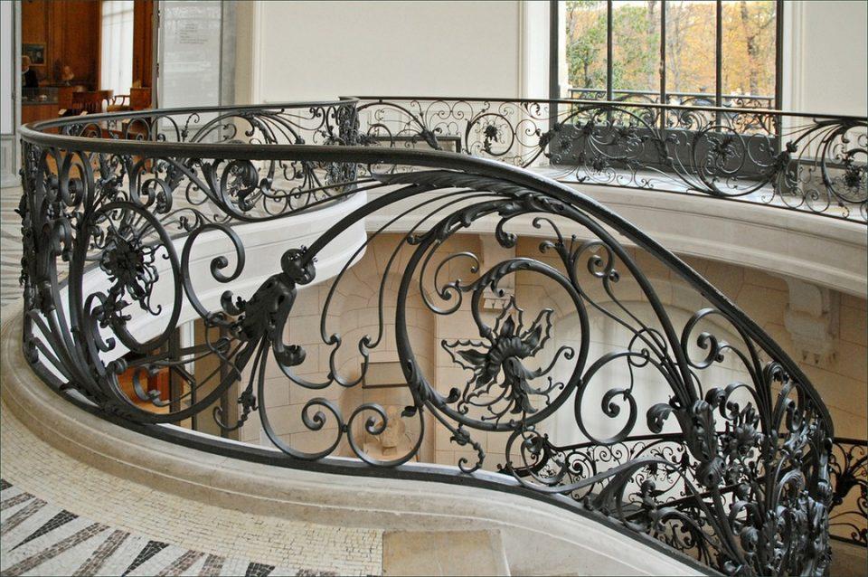 L'art de la ferronnerie, bien pour une décoration en intérieur qu'en extérieur
